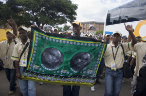 Zuma_supporters_2383