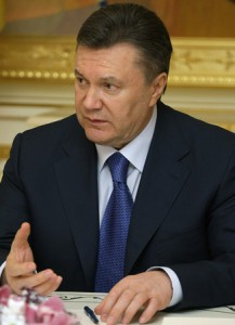 Viktor_Yanukovych_27_April_2010-1