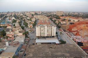 640px-Luanda_feb09_ost08